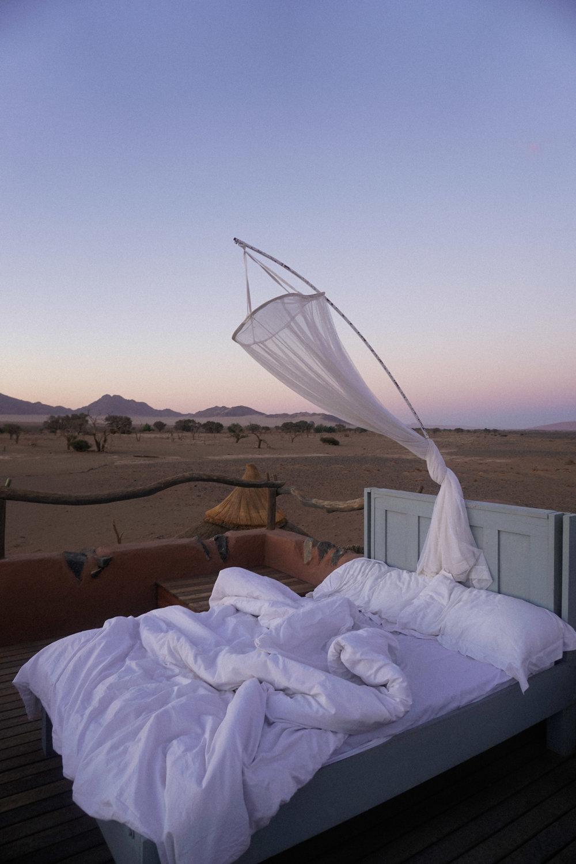 curio.trips.namibia.sossusvlei.lodge.bed.under.stars.jpg