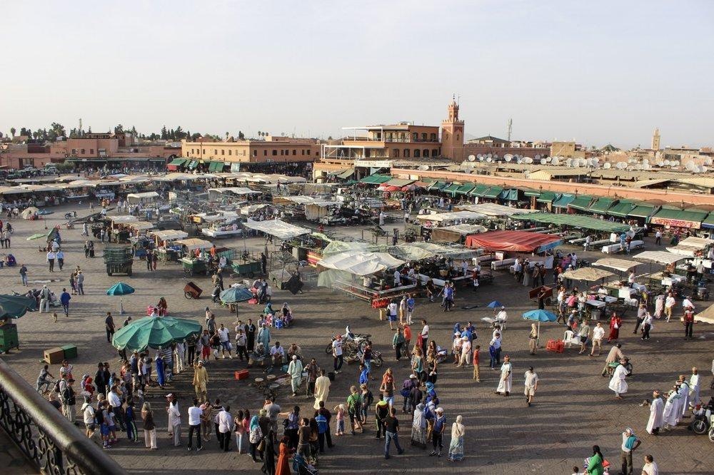 curio.trips.morocco.marrakesh.square.jpg