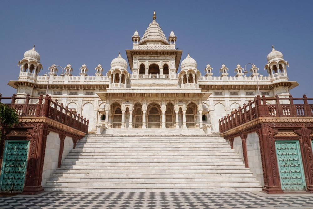 curio.trips.india.jaipur.jaswant.thada.landscape-2.jpg