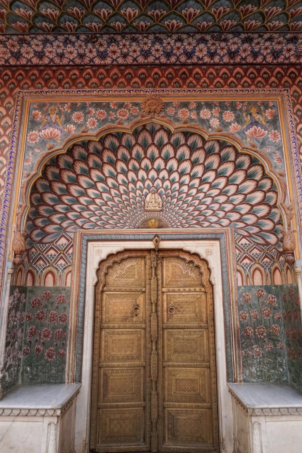 curio.trips.india.jodhpur.peacock.door.jpg