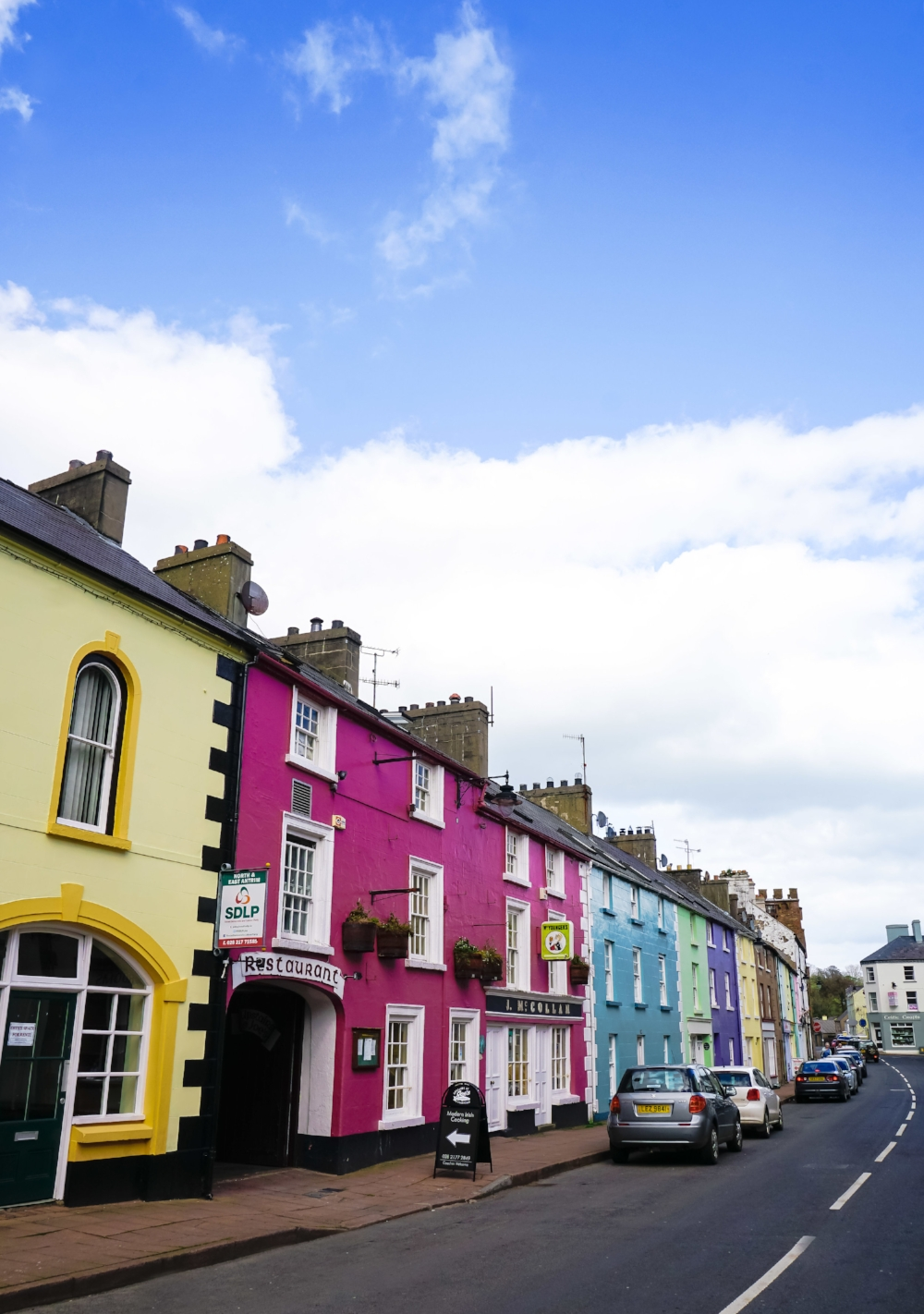 curio.trips.ireland.village.colourful.street.scenes-2.jpg