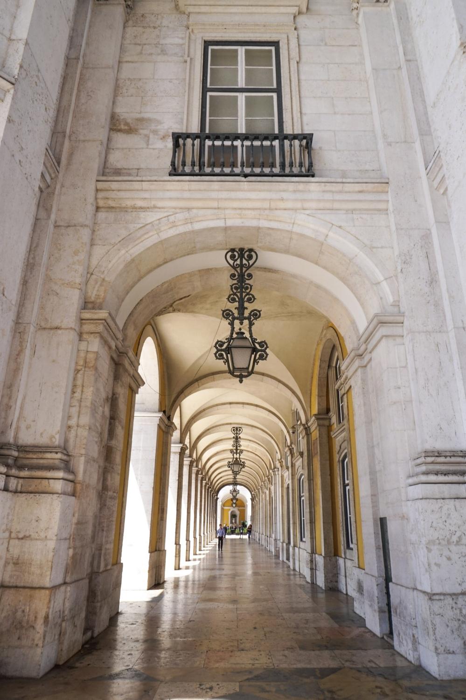 curio.trips.portugal.lisbon.architecture.1.jpg