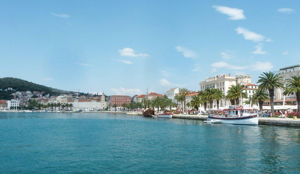 curio.trips.croatia.korcula.coast.jpg