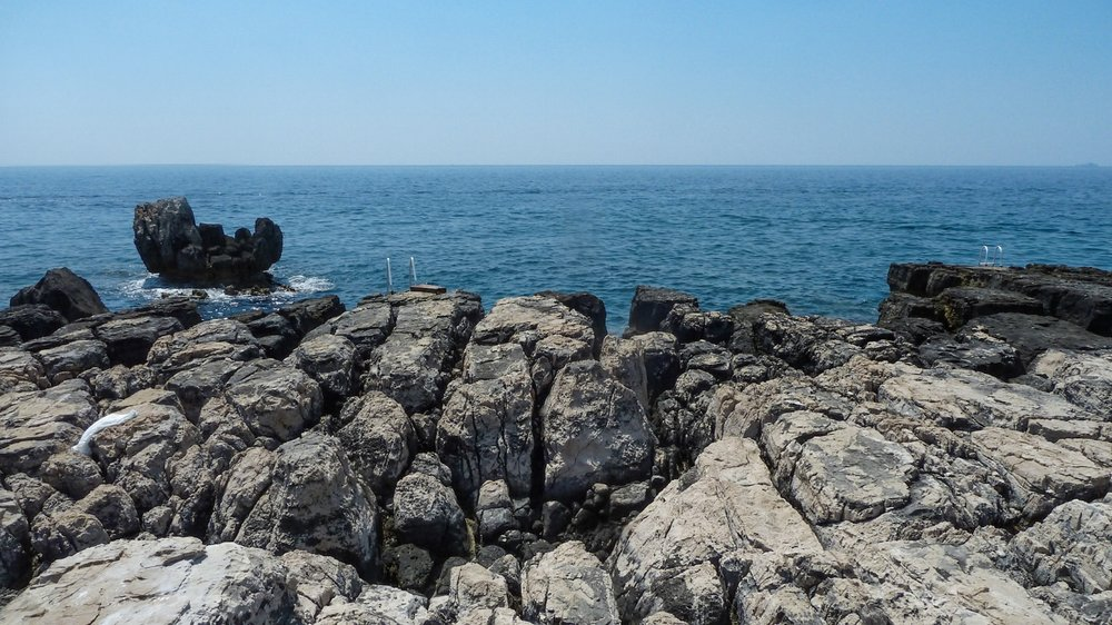 curio.trips.croatia.korcula.coast-5.jpg