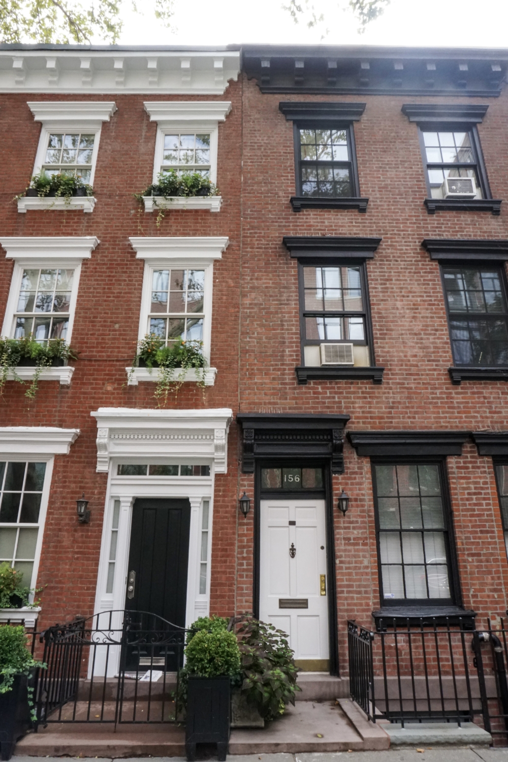 curio.trips.usa.nyc.greenwich.village.twin.brownstones.jpg