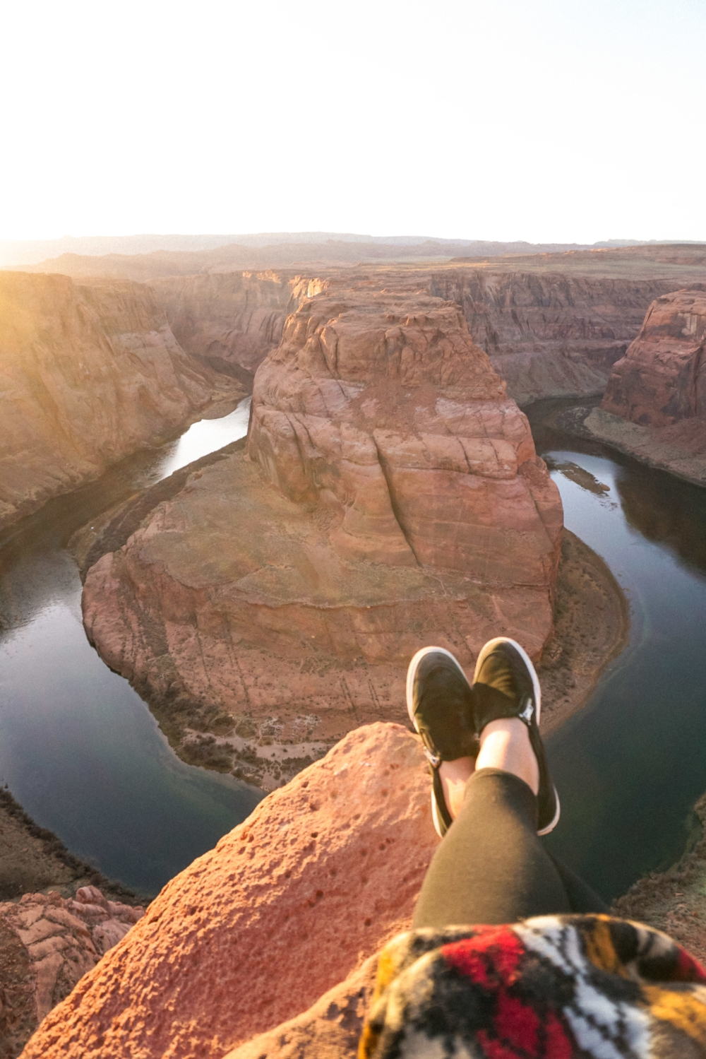 curio.trips.usa.arizona.page.horseshoe.bend.shoes.portrait.jpg