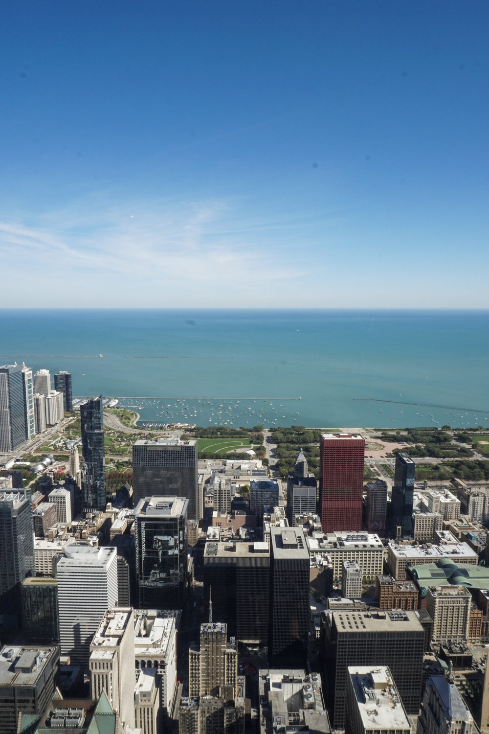 curio.trips.usa.chicago.willis.tower.lake.view.iphone.jpg