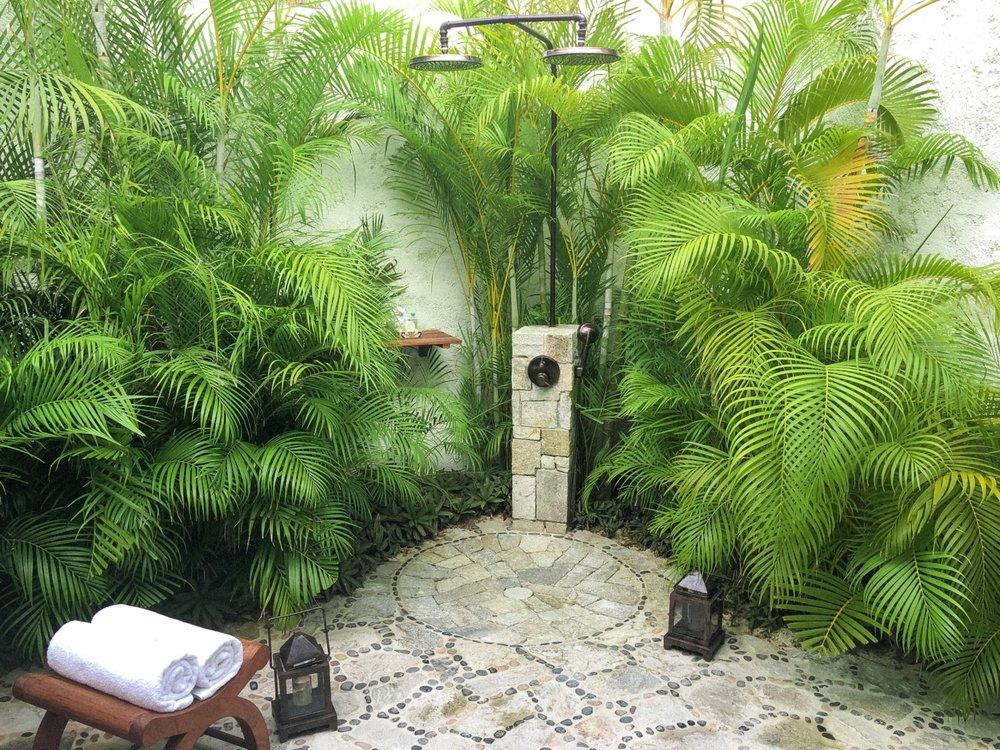 curio.trips.mexico.las.ventanas.outdoor.shower.jpg