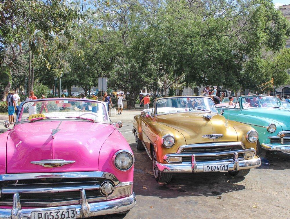 Havana old cars.1.jpg
