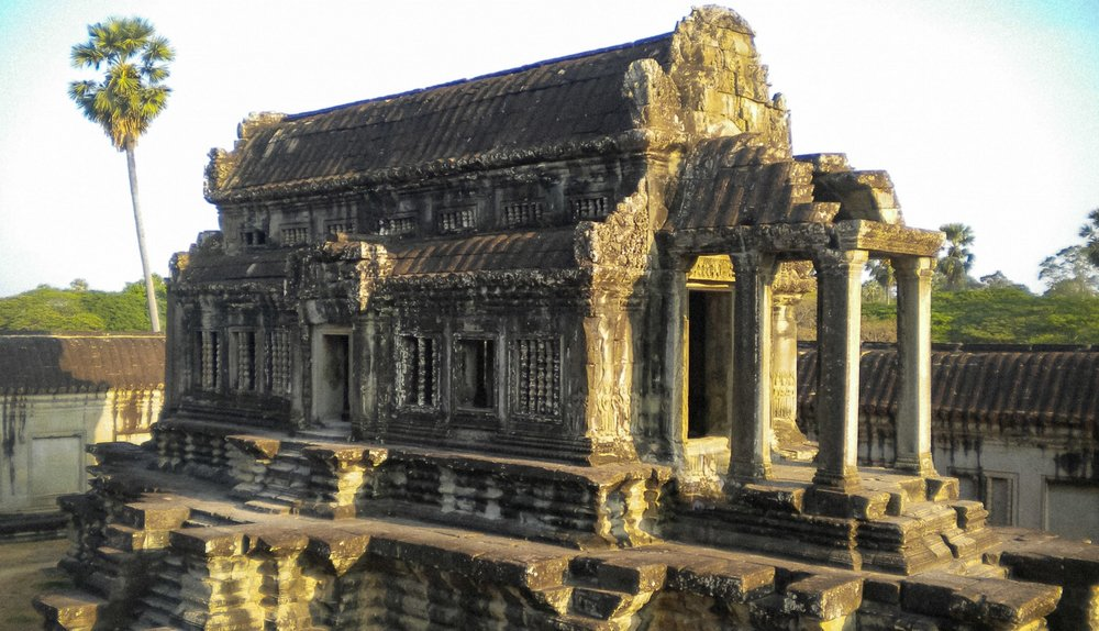 curio.trips.cambodia.siem.reap.angkor.wat.temple.landscape.jpg