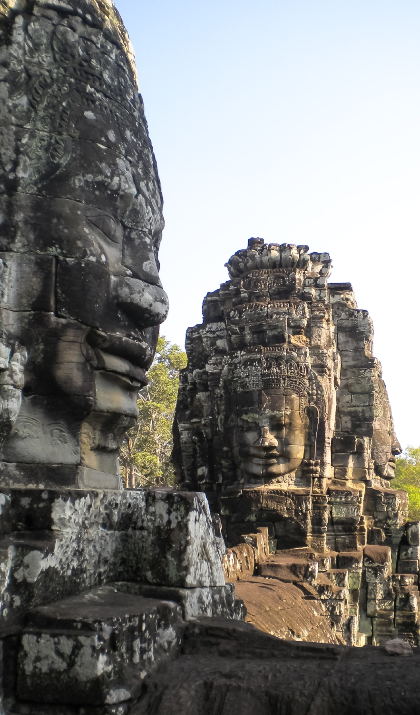 curio.trips.cambodia.siem.reap.angkor.wat.faces.jpg