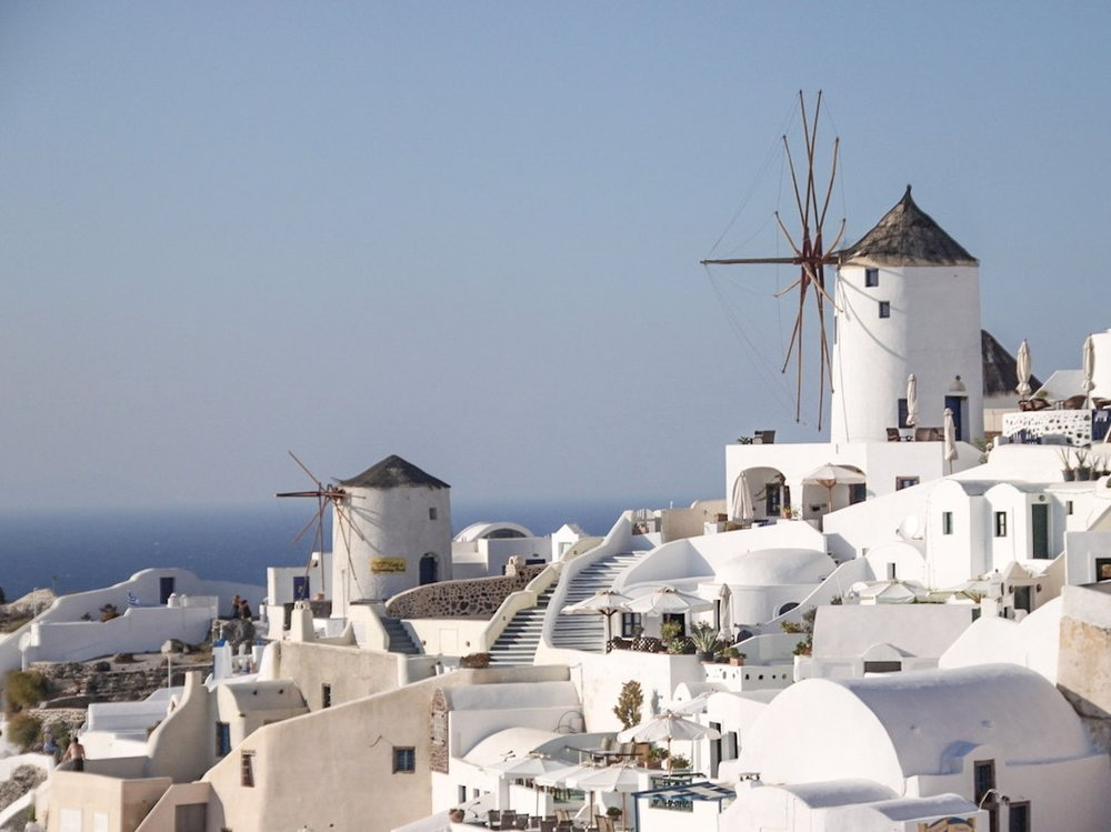 SOAK UP THE SUN IN SANTORINI