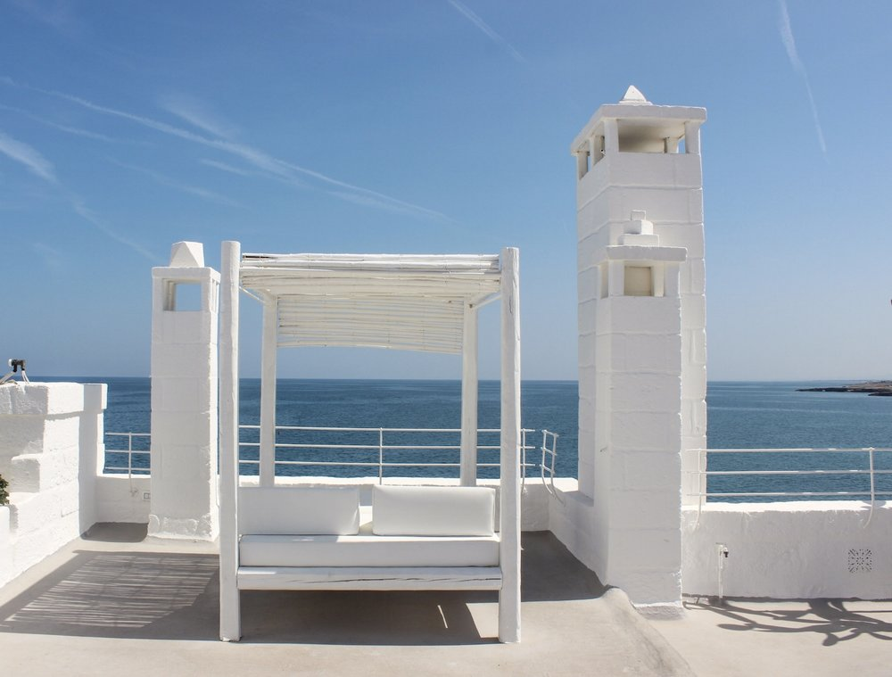 curio.trips.italy.puglia.hotel.rooftop.bed.jpg
