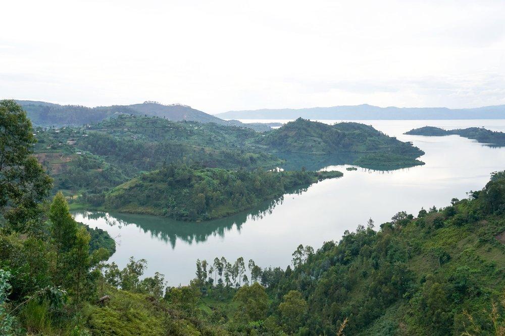 curio.trips.rwanda.lake.view.landscape.jpg