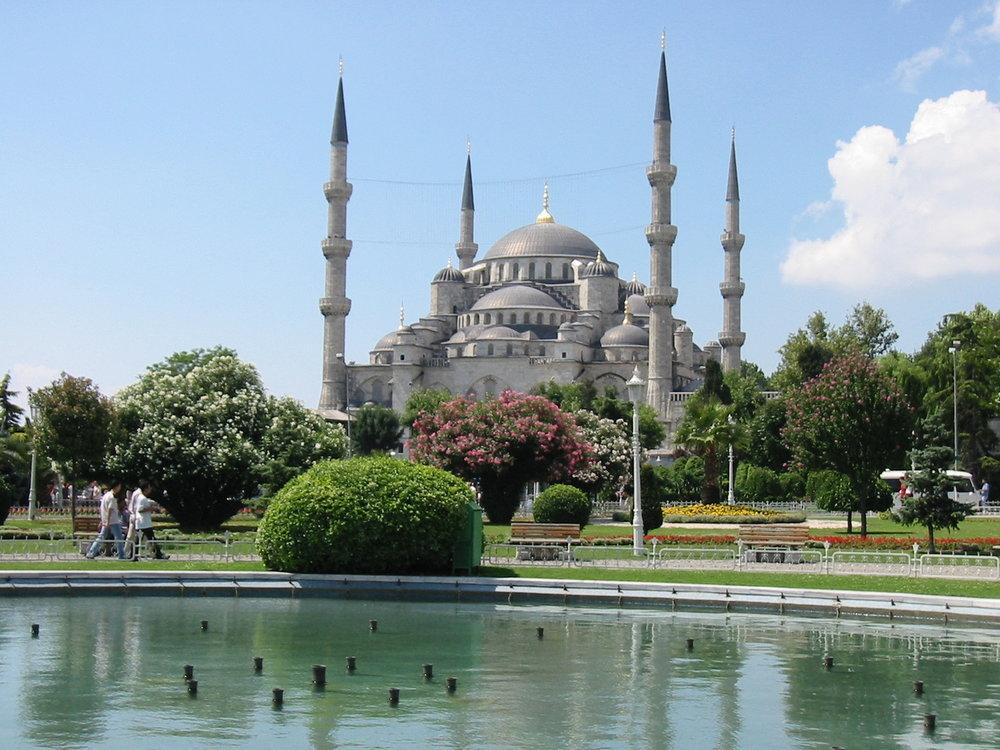 blue-mosque-istanbul-turkey-1462134-1280x960.jpg