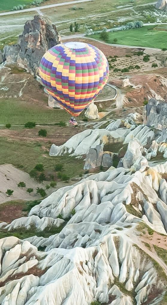 curio.trips.turkey.cappadocia.hot.air.balloon.solo.portrait.jpg