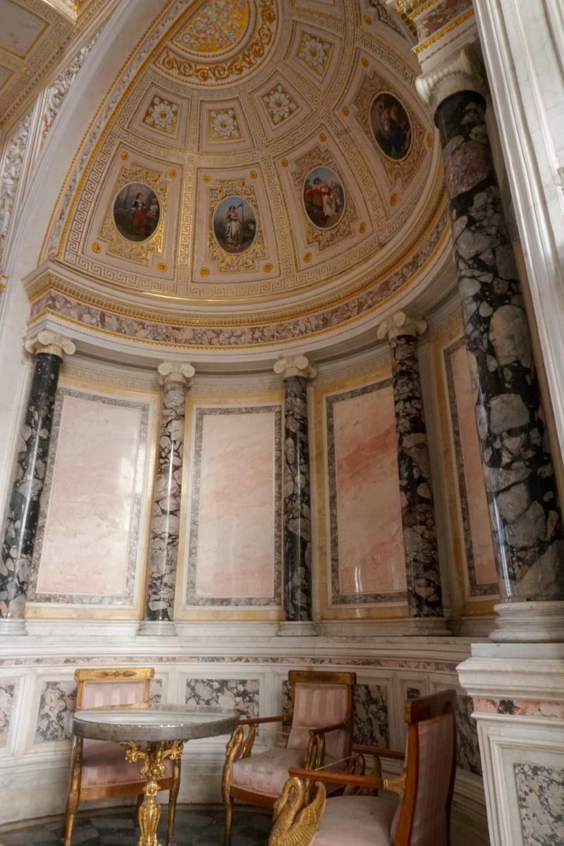 curio.trips.russia.st.petersburg.winter.palace.interior.portrait.jpg