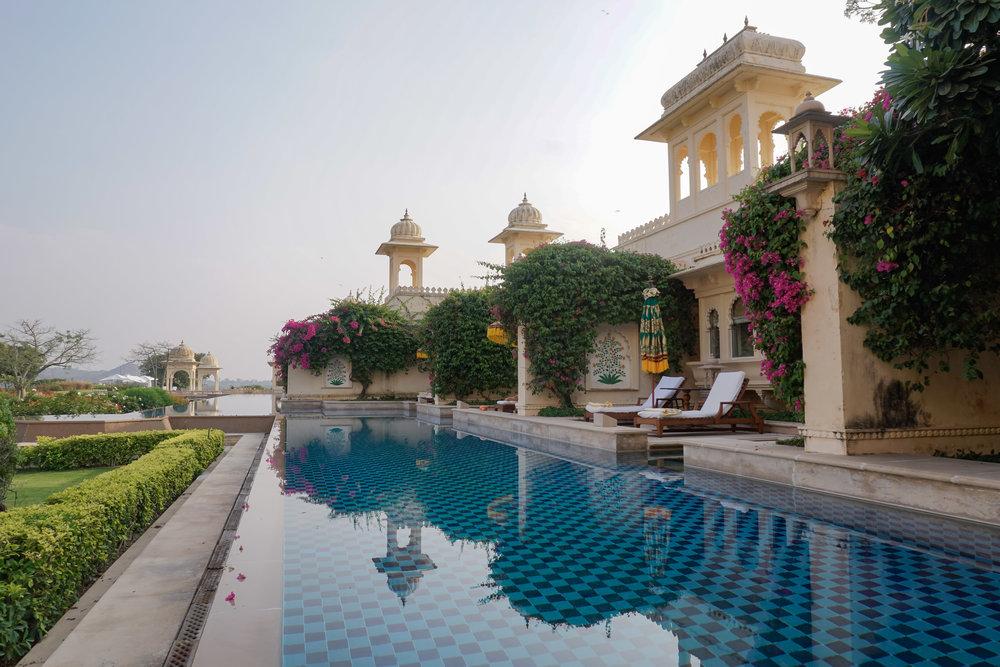 curio.trips.india.rajasthan.udaipur.hotel.private.pool.jpg