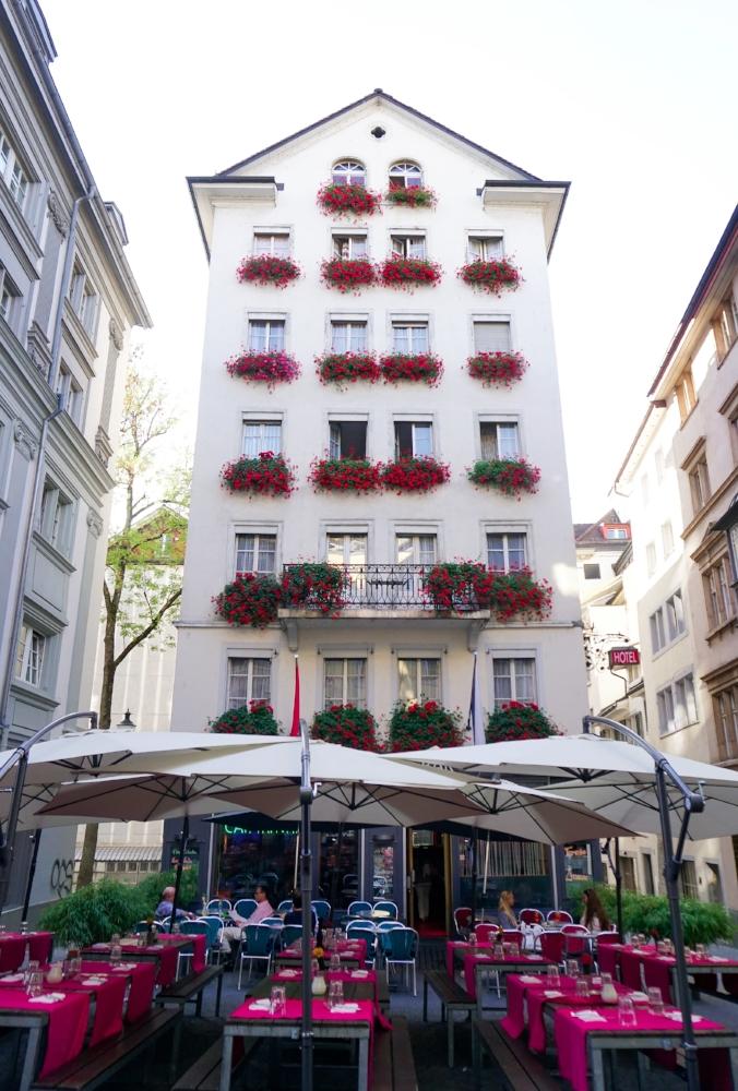 curio.trips.switzerland.zurich.white.building.portrait.jpg