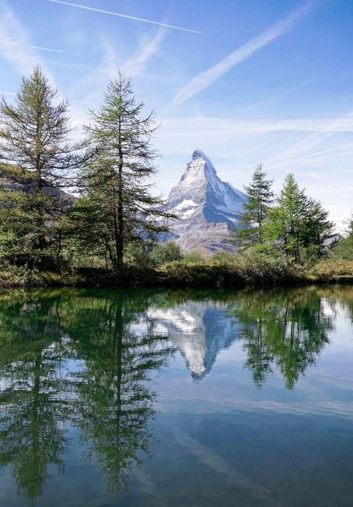 curio.trips.switzerland.matterhorn.lake.reflection.portrait-2.jpg