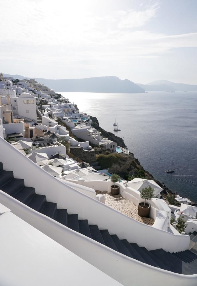 curio.trips.greece.santorini.architecture.white.black.sea.view.portrait.jpg