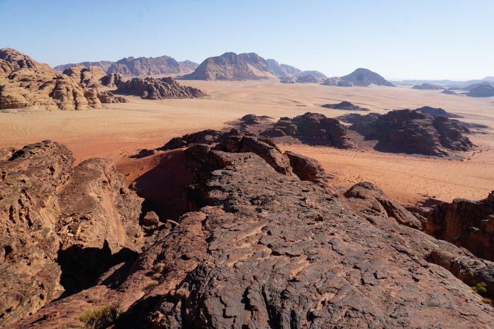 curio.trips.jordan.wadi.rum.view.landscape.jpg