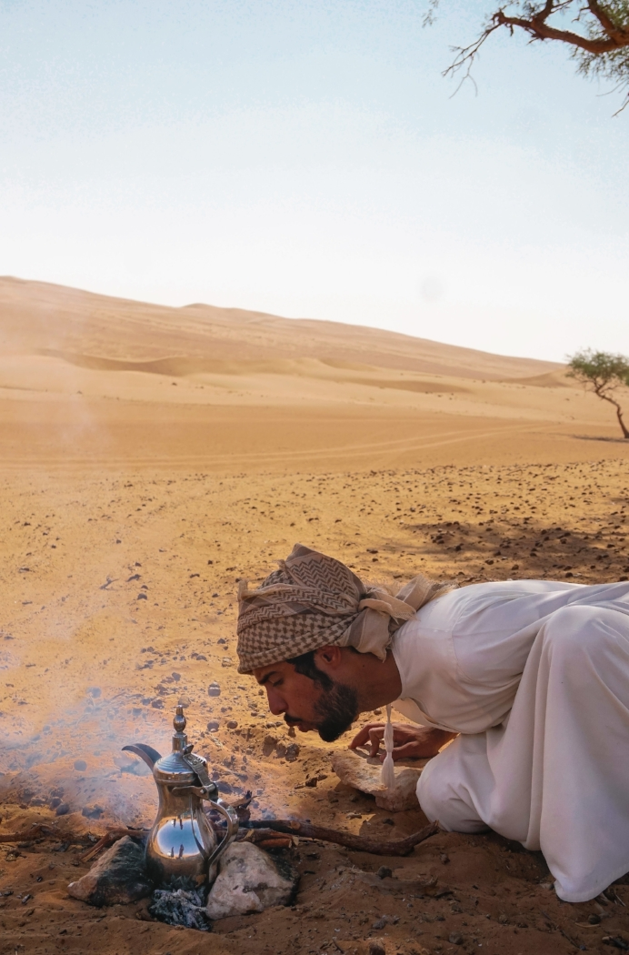 curio.trips.oman.desert.qais.coffee.portrait.jpg