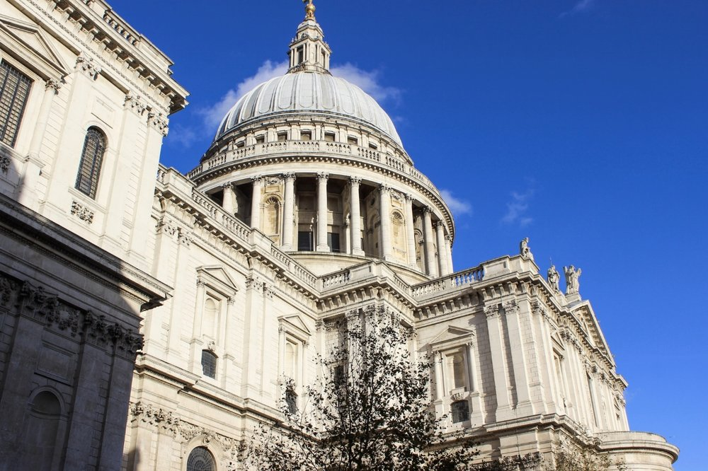 secret.honeymoons.stpauls.jpg