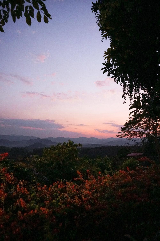 curio.trips.thailand.chiang.rai.hotel.sunset.view.portrait.jpg