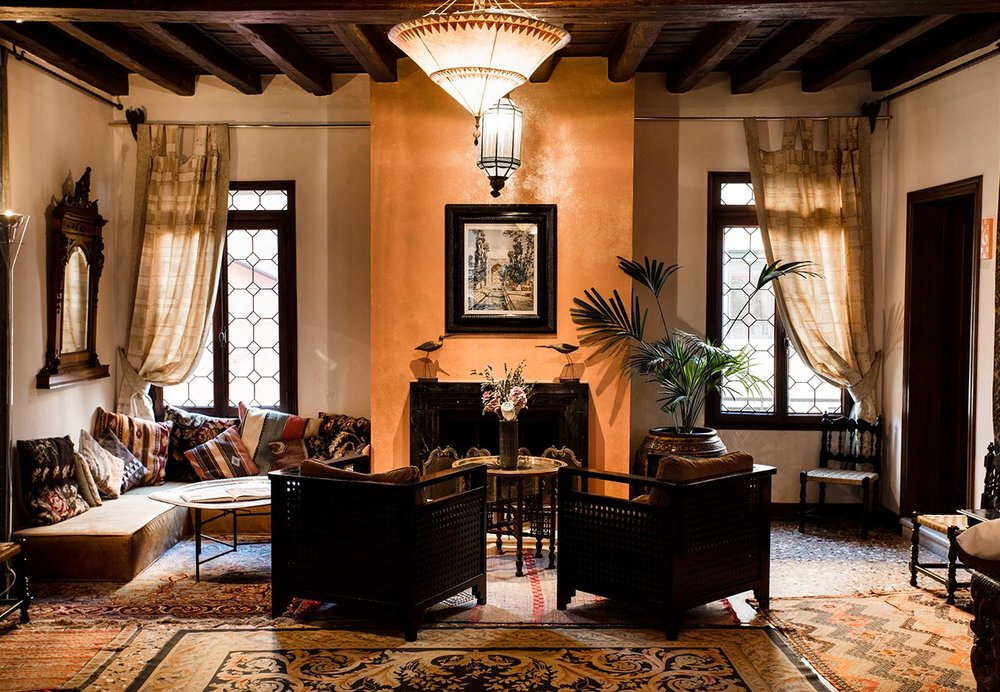 novocento lounge.jpg