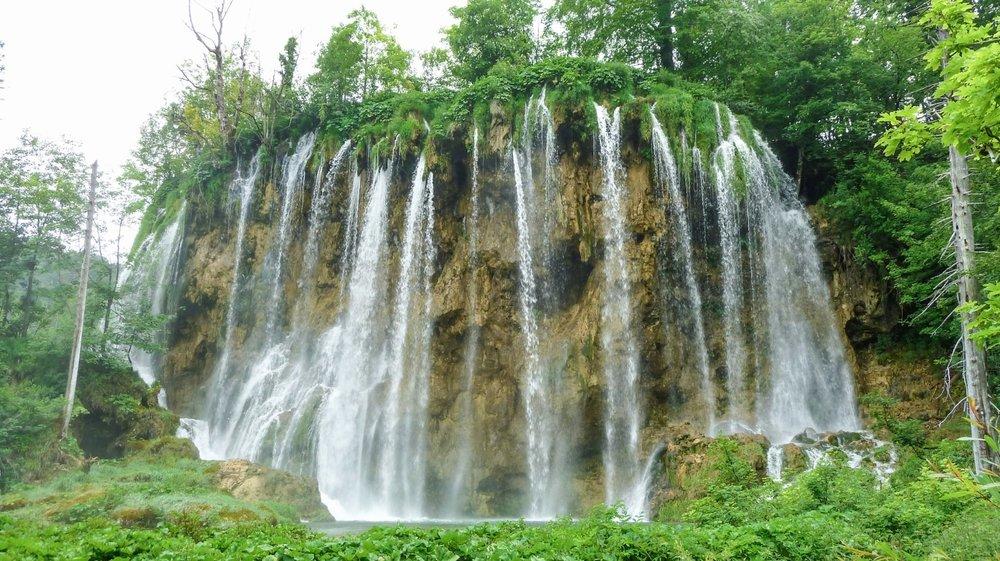 curio.trips.croatia.plitvice.lakes.mushroom.falls.jpg
