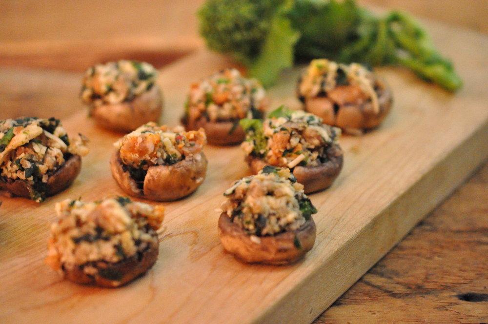 'shrooms w Hot Sausage & Broccoli di Rabe