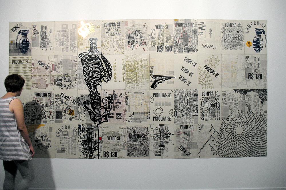 Oportunidade, 44 cartazes impressos em tipografia, carimbo e vinil adesivo, 2007