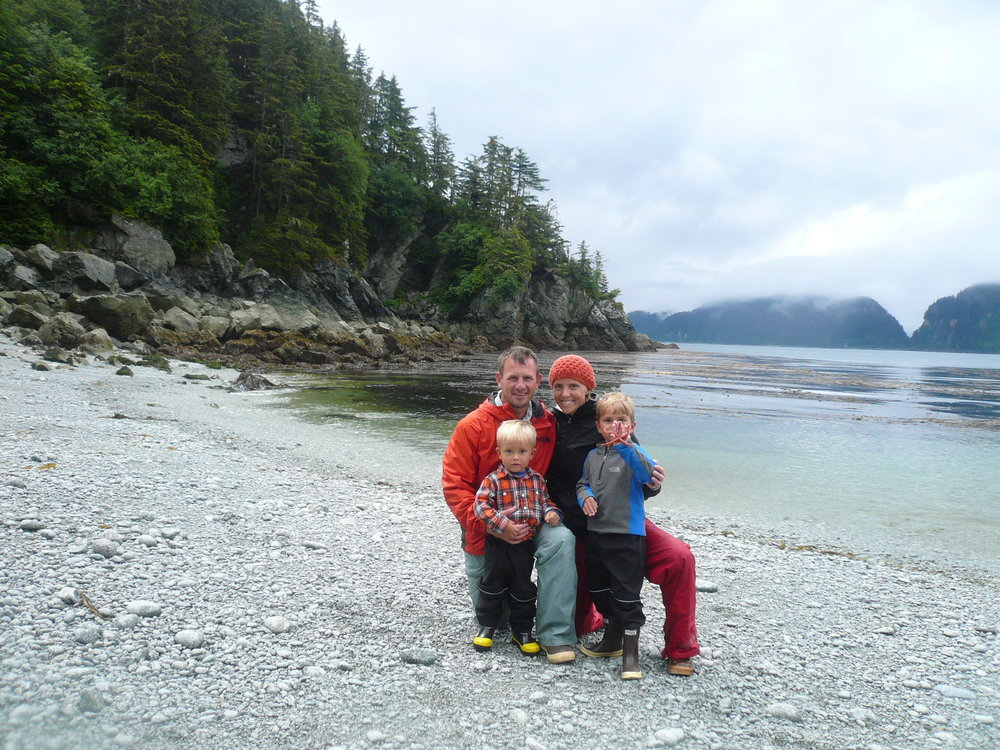 Josh, Molly, Cody, Cooper with sea star on summer vacation in Southeast Alaska.