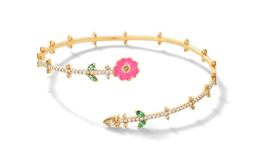 The bracelet from the capsule collection.