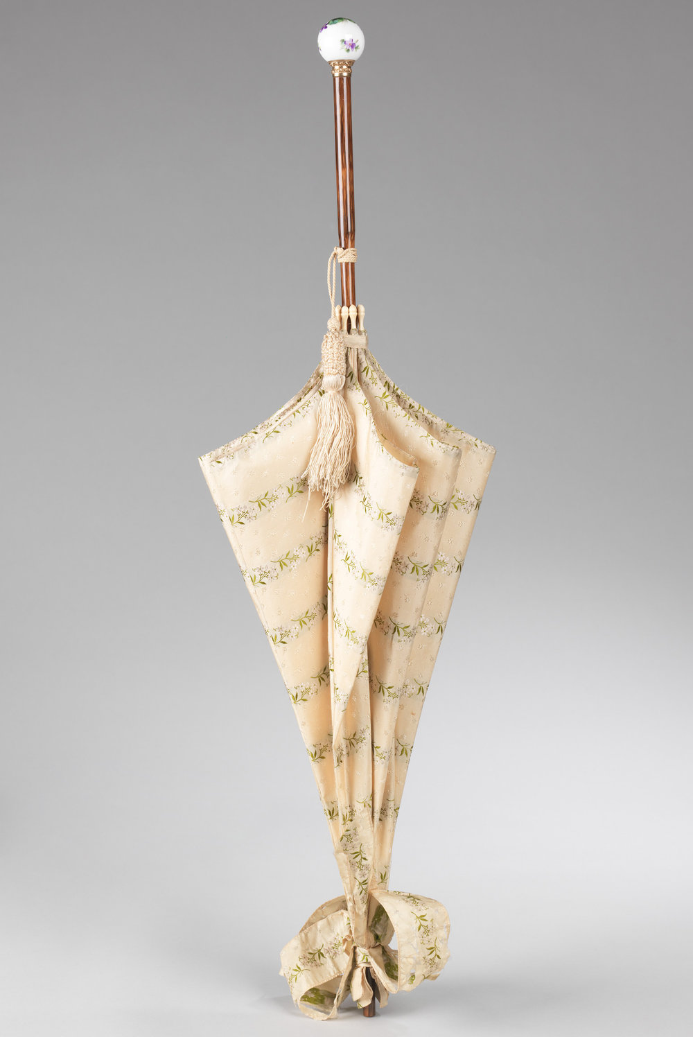1880-89, probably French.  Brooklyn Museum Costume Collection at the Metropolitan Museum of Art.
