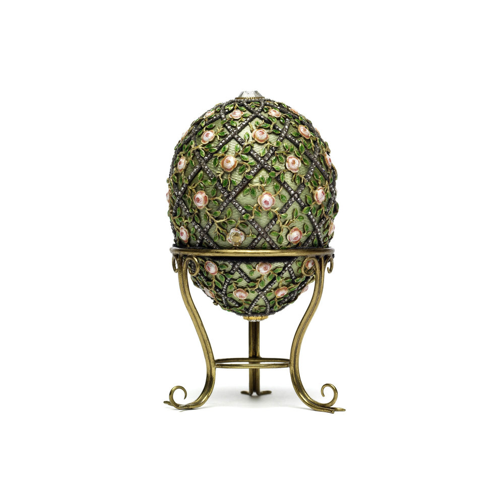 The Rose Trellis Egg, 1907. Image from the Walters Art Museum.