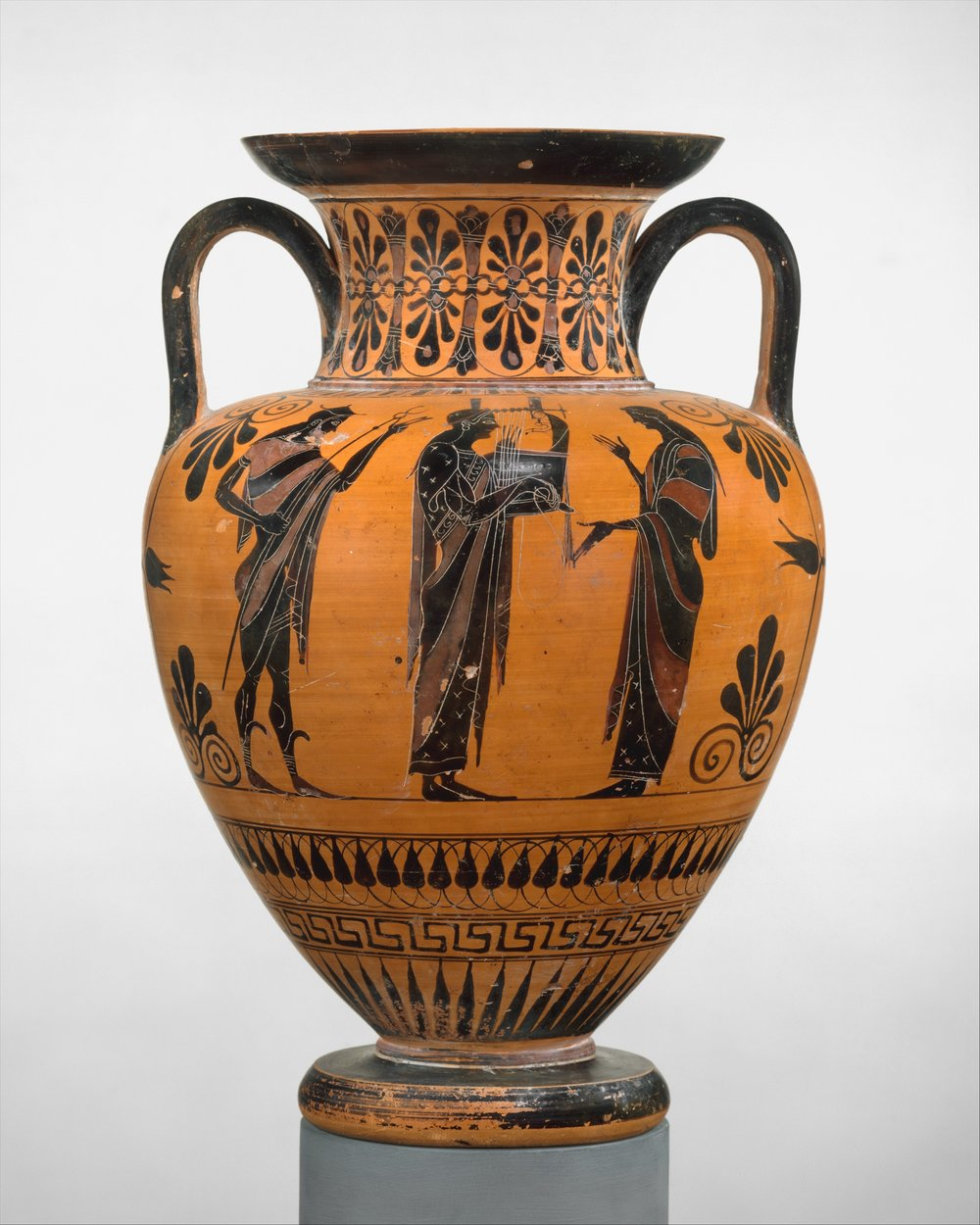 Neck-Amphora attributed to an artist near Exekias, ca 530 BC. From the Metropolitan Museum of Art.