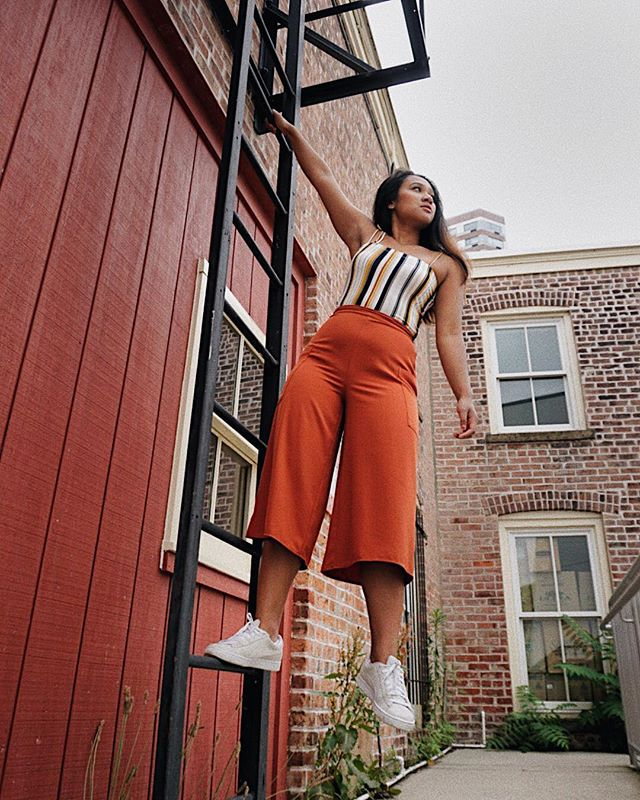 I've been in love with striped clothing items recently!! What's your favorite fashion trend? . . . . . #asseenonme #whowhatwear #whowhatwearing #primania #primarkusa #primark #f21xme  #wearetothe9s #closetjunkie #vscofashion #fashifeen #puma #nycblogger #minimalstreetstyle #createexplore #stylegurulove #ootdasian #ootdwatch #ootdshare