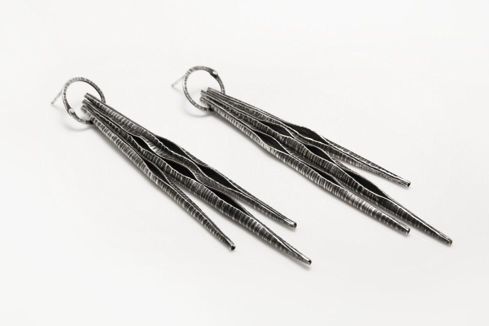 triple_zebra_pod_earrings_light.jpg