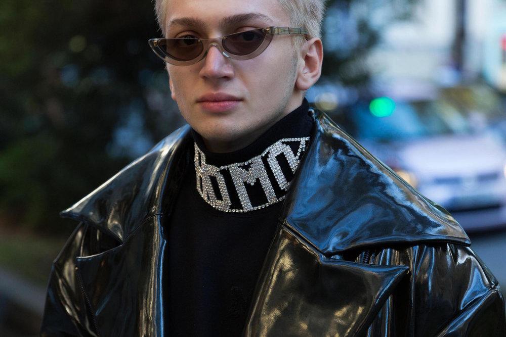 "Pawaka Empat 4 sunglasses, Ani Datukishvili Oversize jacket, Ecce Homo x GCDS ""Homo"" choker, MSGM turtlneck"