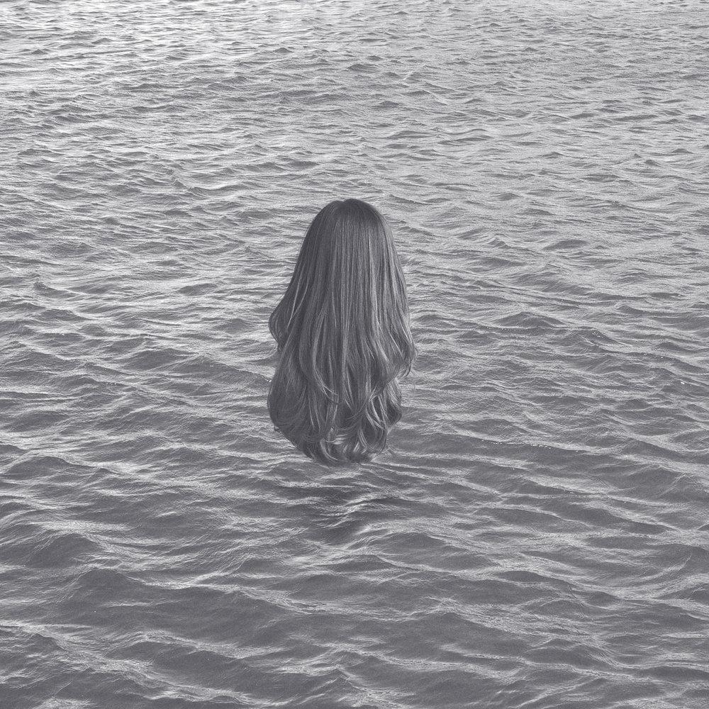 hair_ocean_300.jpg