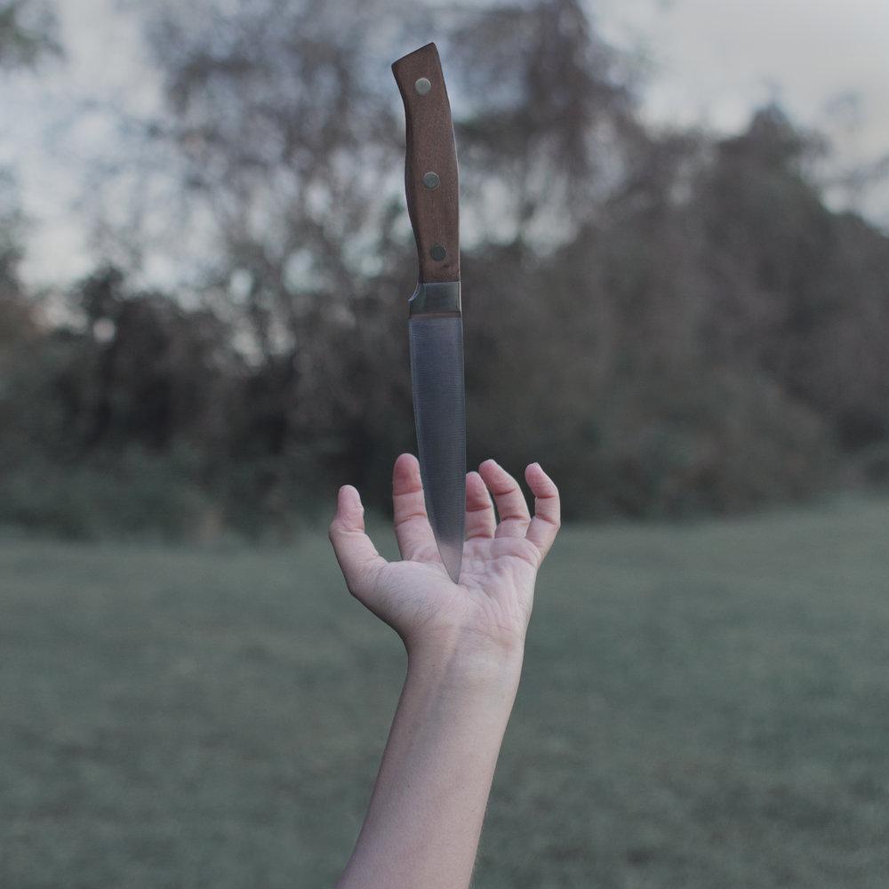 hand_stabbing.jpg