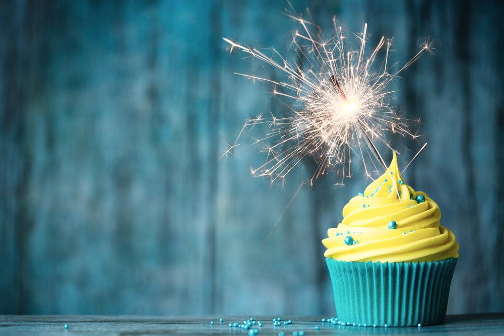 celebration-cupcake-P72ATDS.jpg
