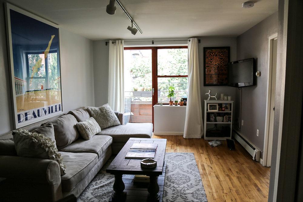 1bedroom-livingroom.jpg