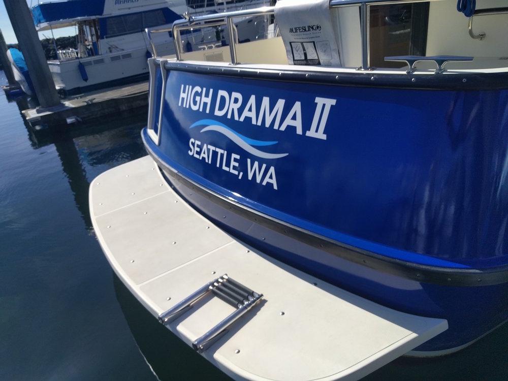 Custom vinyl lettering for private yacht