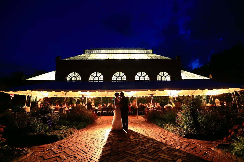 michelle + todd   ♥   the butterfly gardenthe biltmore estate