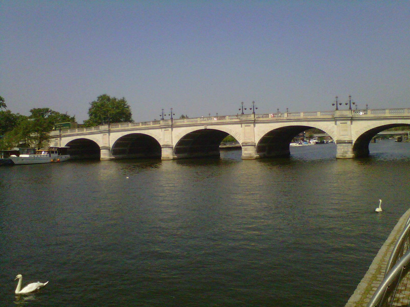 Kingston upon Thames-20120522-00386