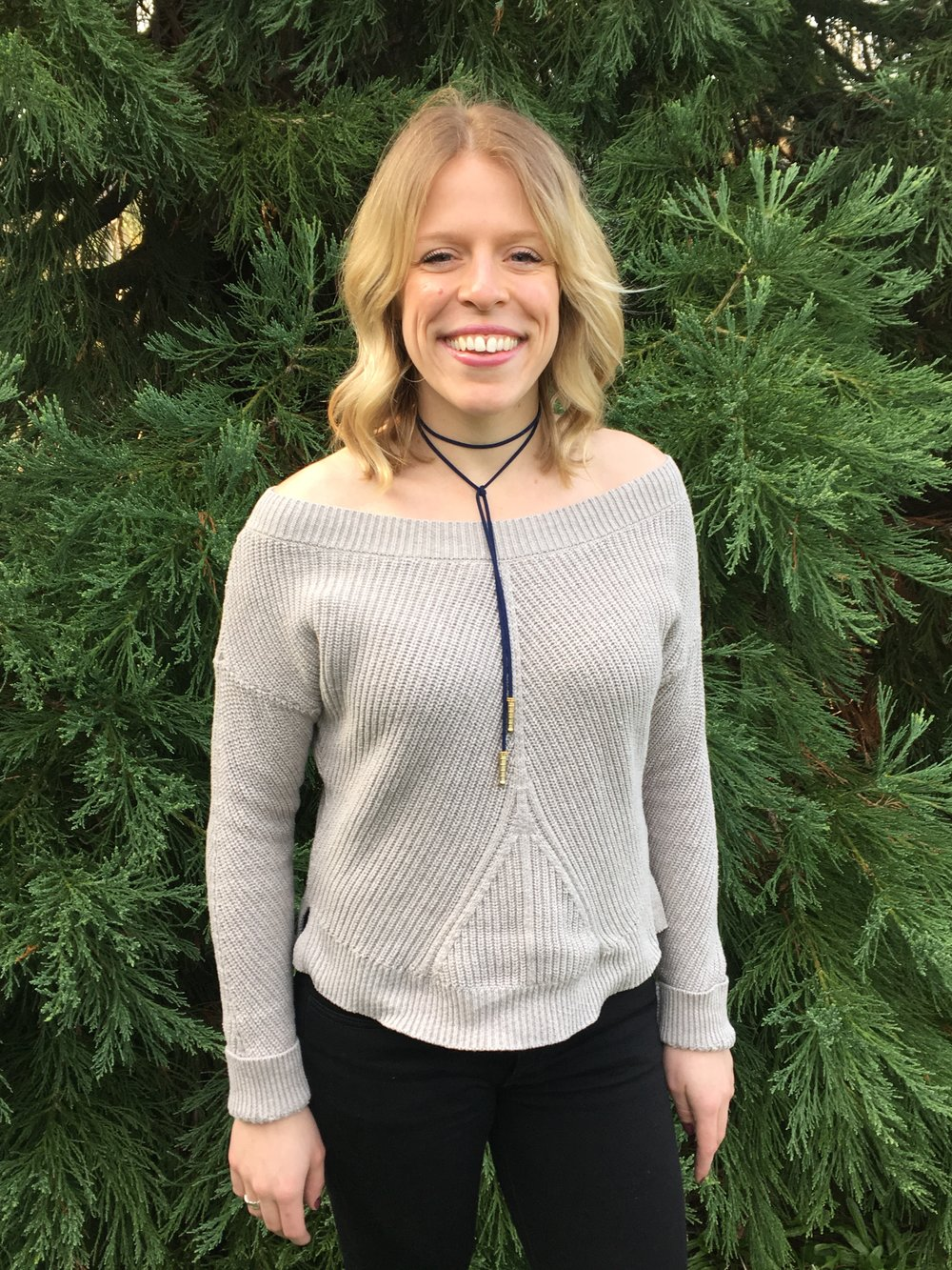 Zaleska Lariat Indigo Choker paired with Aerie sweater and American Eagle Jeans