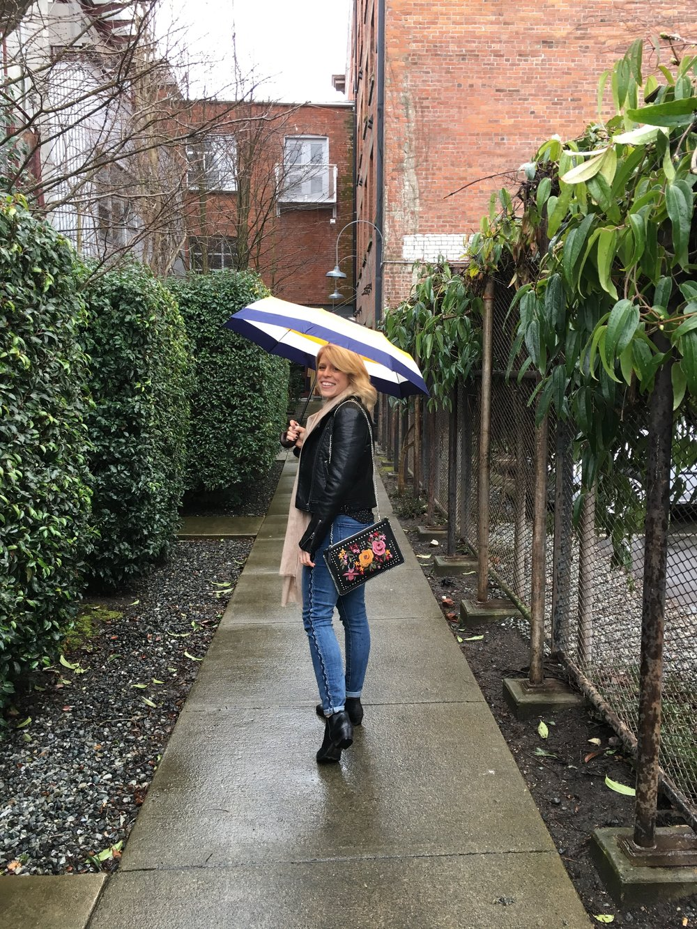 As the rain came I had to pull out my favourite umbrella from   HUDSON BAY